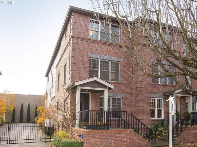 1954 NW Overton St #6, Portland, OR 97209 (MLS #19160137) :: Fox Real Estate Group