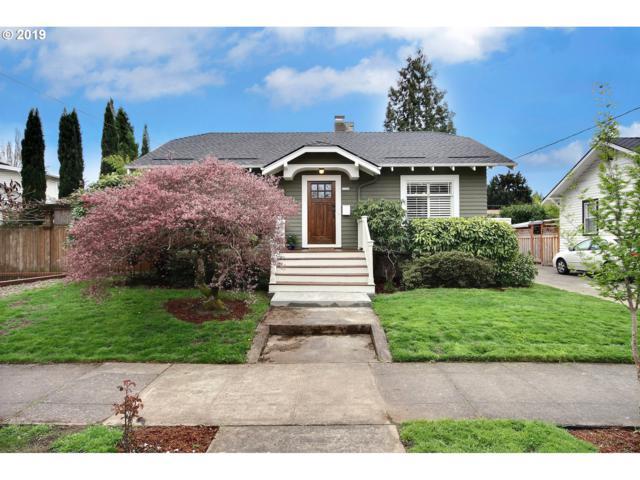 2326 SE Ash St, Portland, OR 97214 (MLS #19161310) :: TLK Group Properties