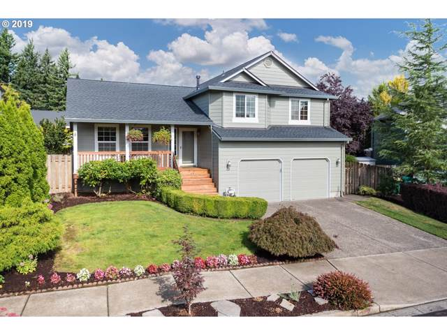 953 SE Dix Ct, Troutdale, OR 97060 (MLS #19163903) :: The Lynne Gately Team
