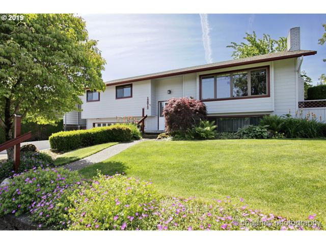 12812 NE Stanton St, Portland, OR 97230 (MLS #19164869) :: Next Home Realty Connection