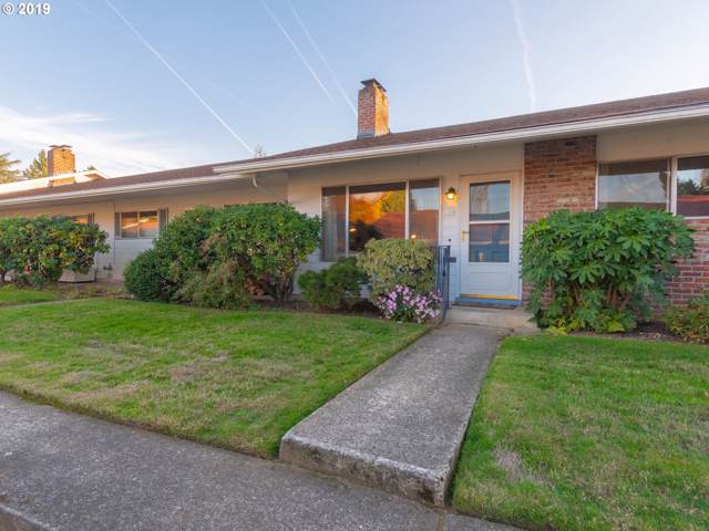 139 SE 52ND Ave, Portland, OR 97215 (MLS #19164960) :: Townsend Jarvis Group Real Estate