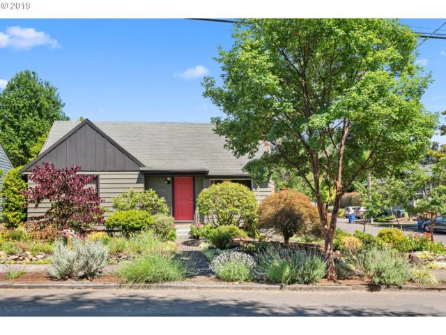 4236 SE 34TH Ave, Portland, OR 97202 (MLS #19168332) :: Cano Real Estate