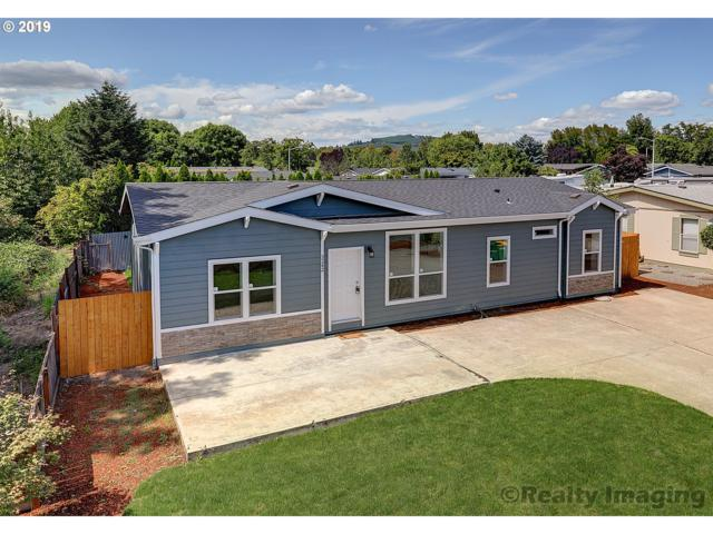 3242 Main St, Forest Grove, OR 97116 (MLS #19168457) :: McKillion Real Estate Group
