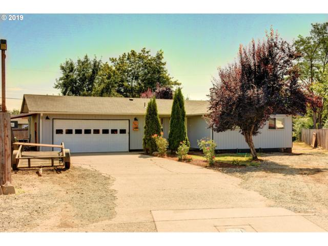 1665 Bryant Ct, Cottage Grove, OR 97424 (MLS #19168921) :: Gregory Home Team | Keller Williams Realty Mid-Willamette