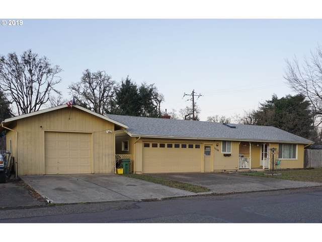 1330 Bryant Ave, Cottage Grove, OR 97424 (MLS #19171450) :: The Liu Group