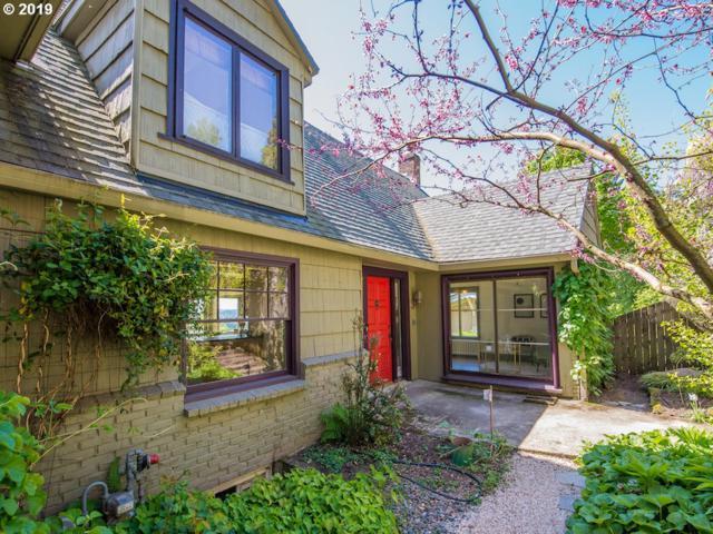 3748 SW Patton Rd, Portland, OR 97221 (MLS #19173695) :: Cano Real Estate