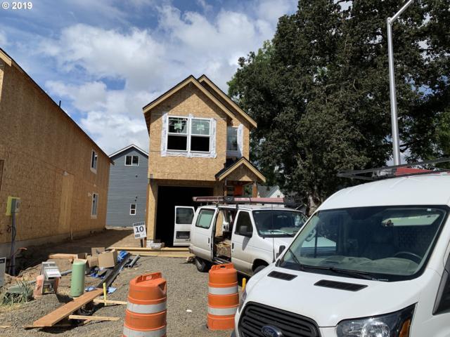 515 S Wynooski St, Newberg, OR 97132 (MLS #19174756) :: Fox Real Estate Group