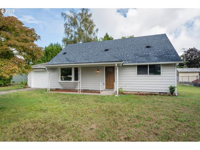 801 SW 15TH St, Troutdale, OR 97060 (MLS #19175836) :: Change Realty