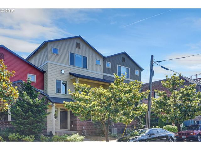 628 NE Fargo St, Portland, OR 97212 (MLS #19178256) :: McKillion Real Estate Group