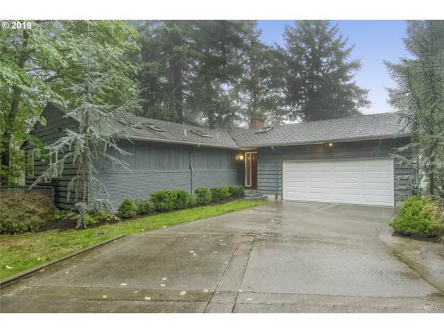 3251 NW Luray Ter, Portland, OR 97210 (MLS #19178854) :: Homehelper Consultants