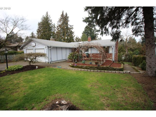 2947 SW Plum Ct, Portland, OR 97219 (MLS #19179814) :: Lucido Global Portland Vancouver