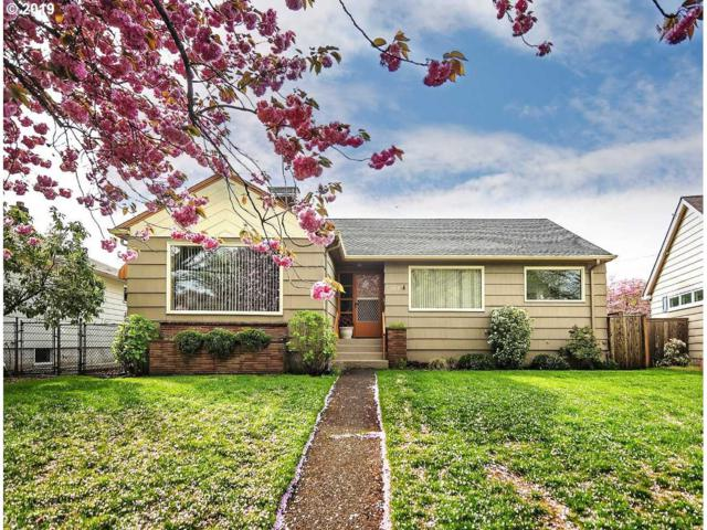 1719 22ND Ave, Longview, WA 98632 (MLS #19182004) :: Townsend Jarvis Group Real Estate
