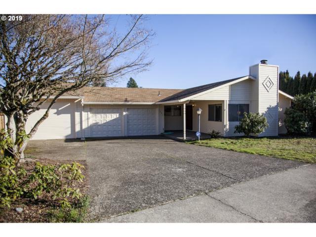 1221 N Pennington Dr, Newberg, OR 97132 (MLS #19183633) :: Fox Real Estate Group