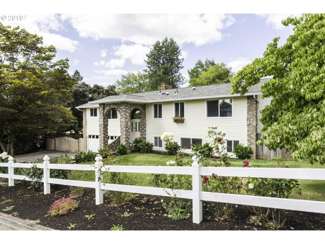 9215 SE Clatsop St, Portland, OR 97266 (MLS #19185860) :: Next Home Realty Connection