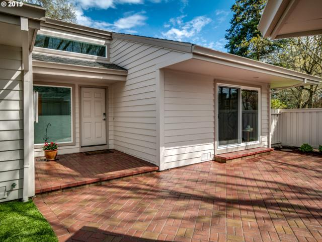 8274 SW Lafayette Way, Wilsonville, OR 97070 (MLS #19187193) :: The Galand Haas Real Estate Team