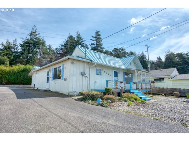 2185 Jackson, North Bend, OR 97459 (MLS #19188048) :: Change Realty