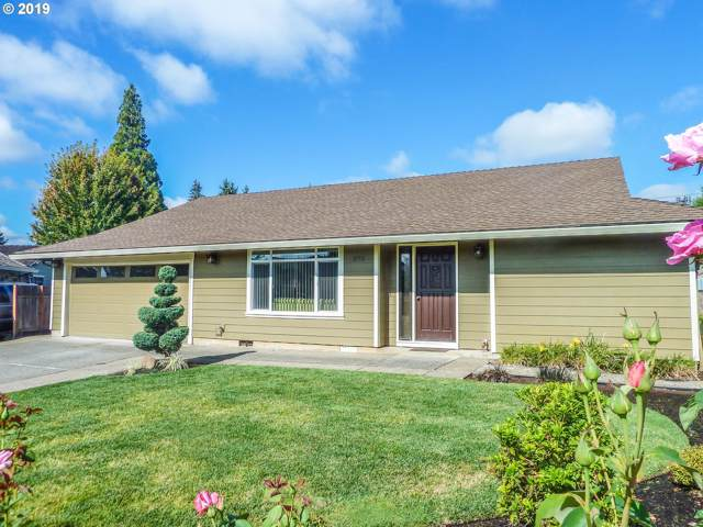 375 NE Hillwood Dr, Hillsboro, OR 97124 (MLS #19188857) :: The Lynne Gately Team