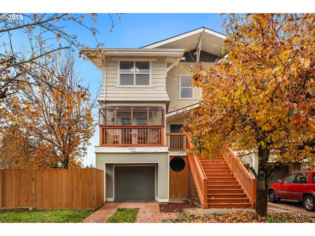 12003 SE Schiller St, Portland, OR 97266 (MLS #19189191) :: Next Home Realty Connection