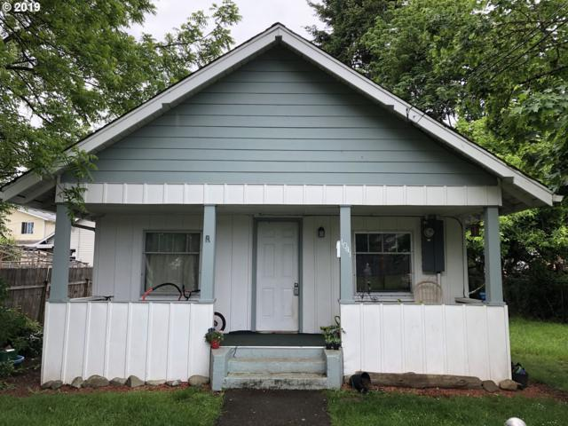 1041 E Jefferson Ave, Cottage Grove, OR 97424 (MLS #19189201) :: Song Real Estate
