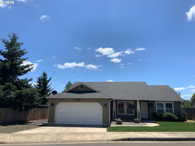 833 Umpqua View Dr, Roseburg, OR 97471 (MLS #19191689) :: Townsend Jarvis Group Real Estate