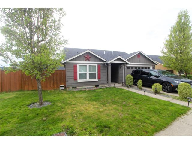 582 S 48TH Pl, Springfield, OR 97478 (MLS #19194311) :: The Galand Haas Real Estate Team