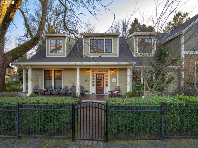 520 C Ave, Lake Oswego, OR 97034 (MLS #19195089) :: The Galand Haas Real Estate Team