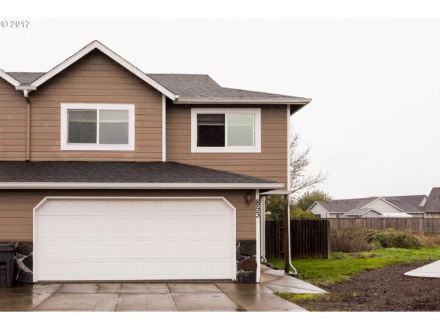 853 Umpqua St, Harrisburg, OR 97446 (MLS #19196322) :: The Galand Haas Real Estate Team