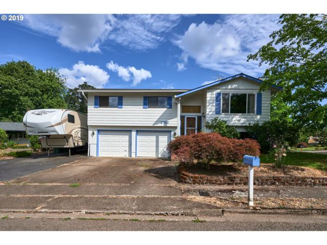 1700 Meadow Ln, Newberg, OR 97132 (MLS #19196325) :: Cano Real Estate