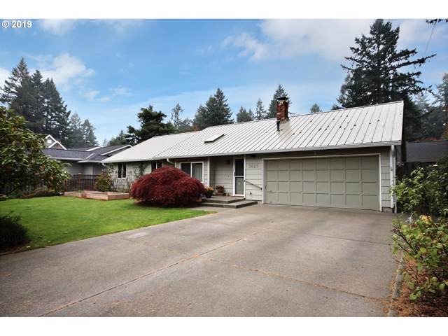 3615 Upper Dr, Lake Oswego, OR 97035 (MLS #19196668) :: Premiere Property Group LLC