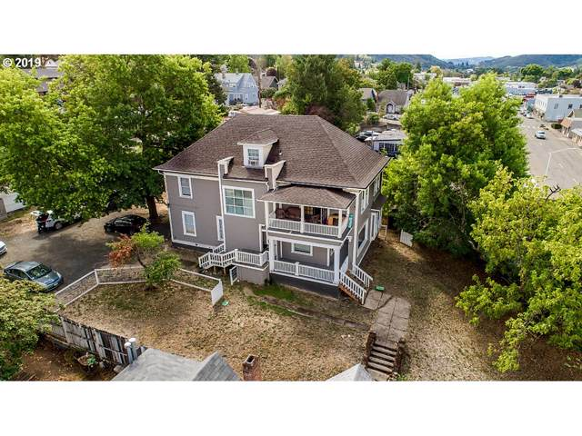 957 SE Stephens St,, Roseburg, OR 97470 (MLS #19196806) :: Townsend Jarvis Group Real Estate