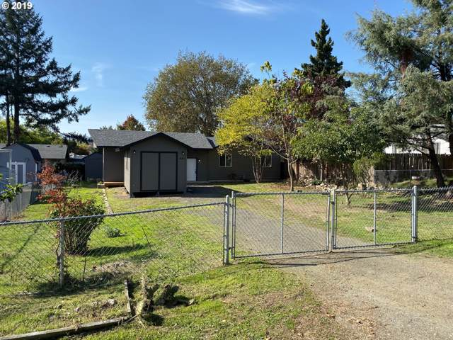 441 SE Darrell Ave, Winston, OR 97496 (MLS #19198804) :: Matin Real Estate Group