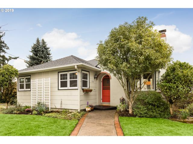 7732 SE 18TH Ave, Portland, OR 97202 (MLS #19201678) :: The Galand Haas Real Estate Team