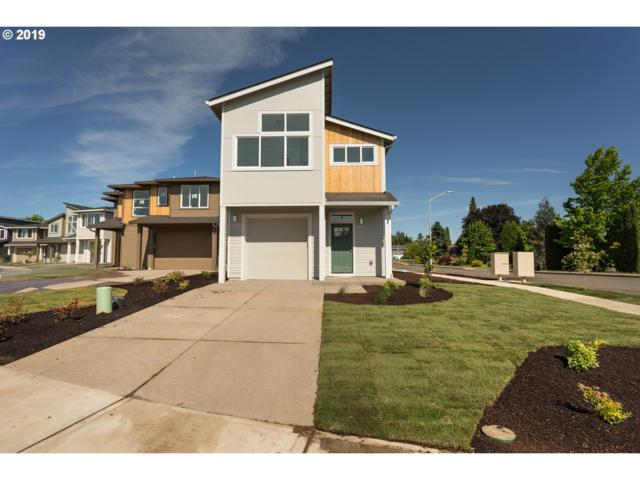 1802 N Page Ct, Newberg, OR 97132 (MLS #19204064) :: McKillion Real Estate Group