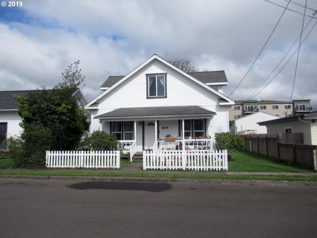 238 Oak St, Florence, OR 97439 (MLS #19204723) :: The Galand Haas Real Estate Team