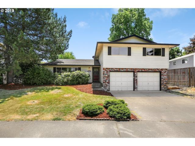 1988 NE Laura Ct, Hillsboro, OR 97124 (MLS #19213150) :: Cano Real Estate