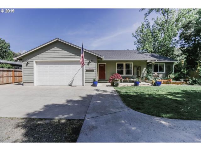 1035 NE Newton Creek Dr, Roseburg, OR 97470 (MLS #19213718) :: Song Real Estate