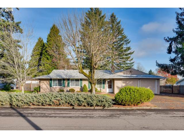 18826 Lafayette Ave, Oregon City, OR 97045 (MLS #19214774) :: The Liu Group