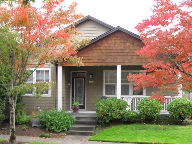 952 NE Pacific Dr, Fairview, OR 97024 (MLS #19215232) :: Change Realty