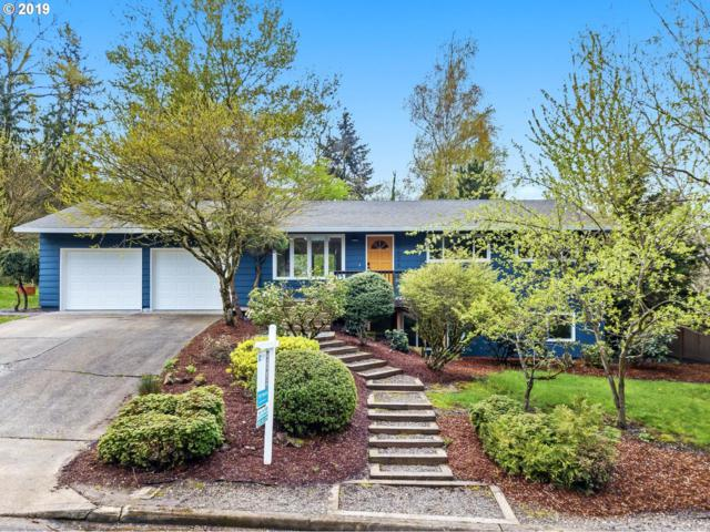 10626 SE Rex St, Portland, OR 97266 (MLS #19216483) :: The Galand Haas Real Estate Team