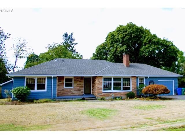 15615 SE Meadowlark Ln, Milwaukie, OR 97267 (MLS #19217153) :: Homehelper Consultants
