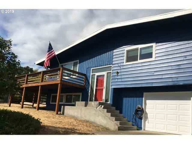9179 SW Lee Rd, Gaston, OR 97119 (MLS #19217292) :: Territory Home Group