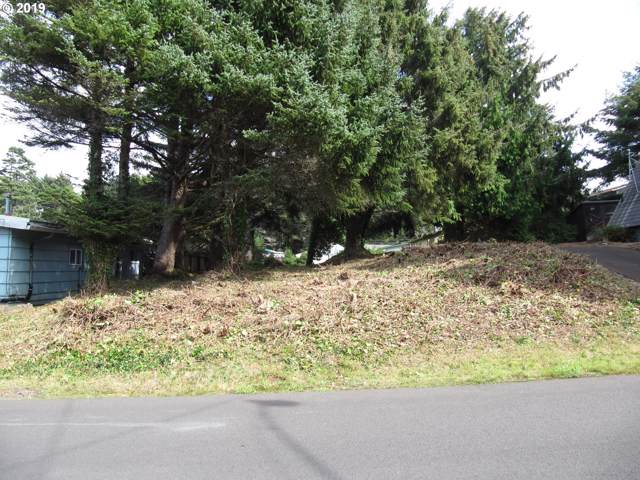 SE Inlet Ave, Lincoln City, OR 97367 (MLS #19218252) :: McKillion Real Estate Group