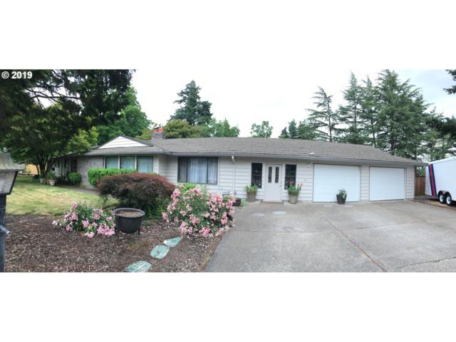 2075 SW Mayfield Ave, Portland, OR 97225 (MLS #19220085) :: Team Zebrowski