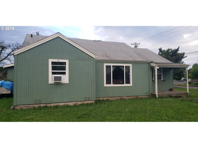 411 Louis St, Eugene, OR 97402 (MLS #19223245) :: Song Real Estate