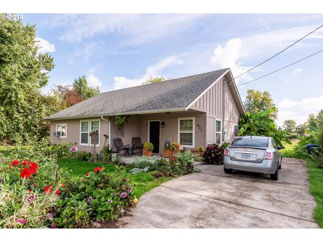 431 35TH St, Springfield, OR 97478 (MLS #19227117) :: Gregory Home Team | Keller Williams Realty Mid-Willamette