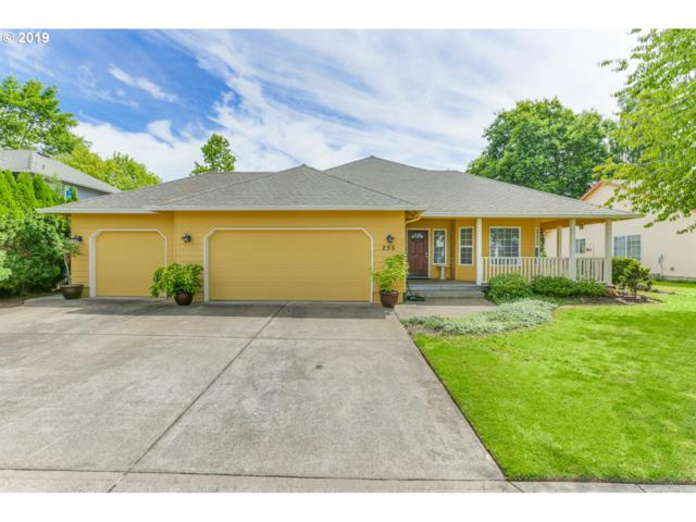 295 SE 10TH Ave, Canby, OR 97013 (MLS #19228595) :: Fox Real Estate Group