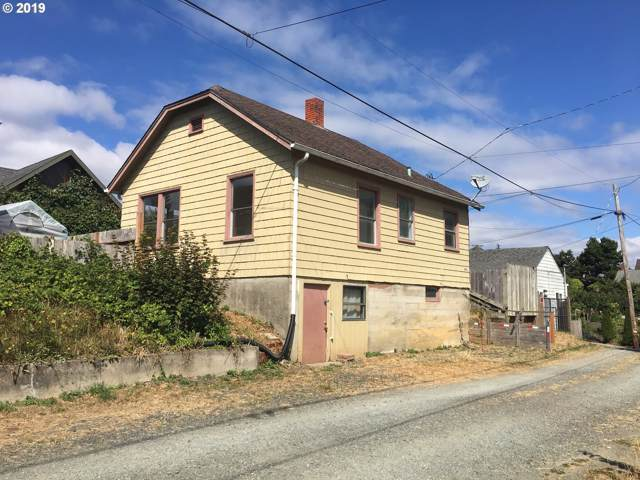 886 S 5TH St, Coos Bay, OR 97420 (MLS #19228724) :: Cano Real Estate