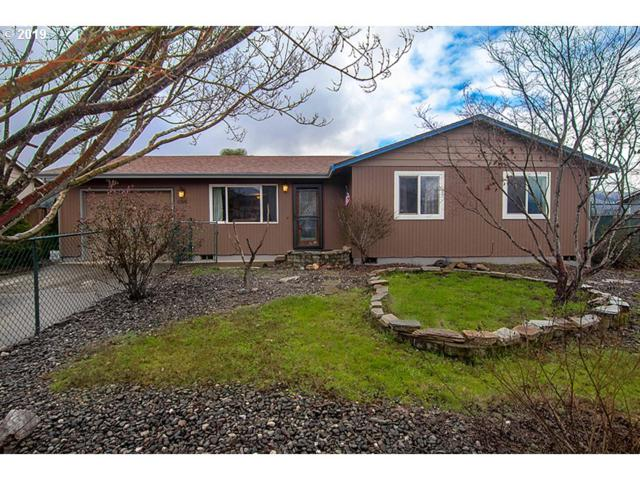484 Char St, Roseburg, OR 97471 (MLS #19230978) :: Townsend Jarvis Group Real Estate