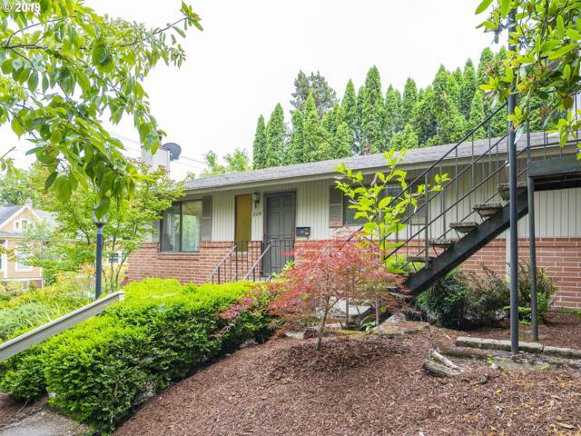204 SW Woods St, Portland, OR 97201 (MLS #19232427) :: Change Realty