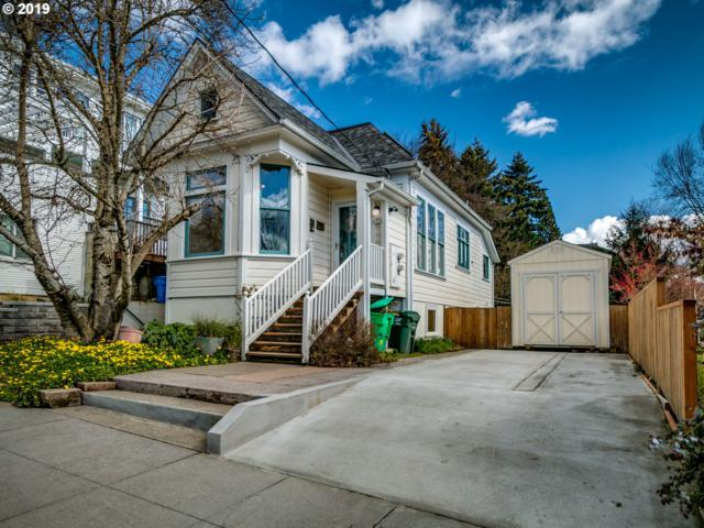 324 SE 18TH Ave, Portland, OR 97214 (MLS #19233910) :: Change Realty